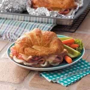 Baked Ham 'n' Cheese Croissants