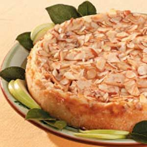 Almond Apple Cheesecake