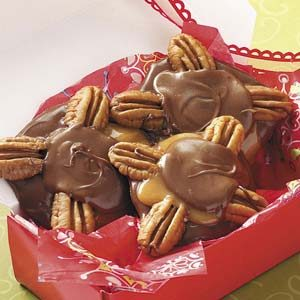 Pecan Candy Clusters