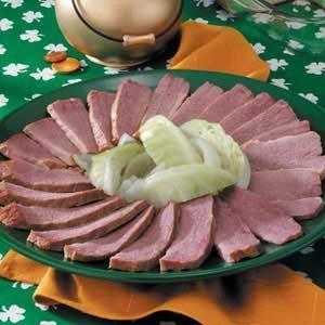 Tender Corned Beef 'n' Cabbage