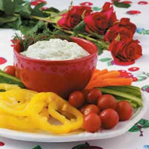 Creamy Dill Dip with Veggies