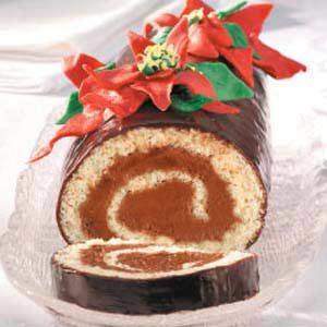 Poinsettia Cake Roll