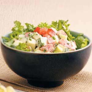 Zucchini Tomato Green Salad
