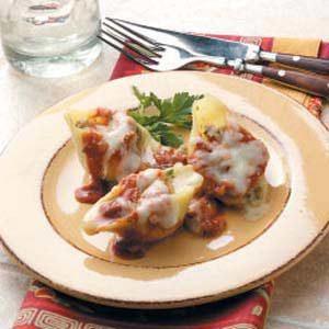 Cheesy Sausage-Stuffed Shells