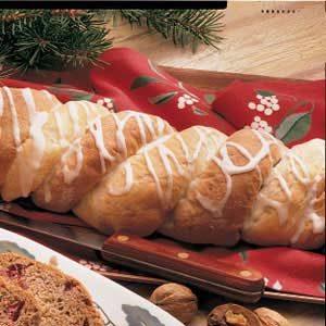 Fruit Bread Twists