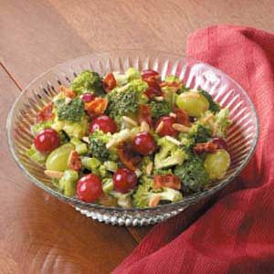 Fresh Grape Broccoli Salad