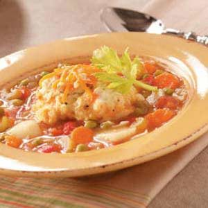 Contest-Winning Vegetable Soup with Dumplings