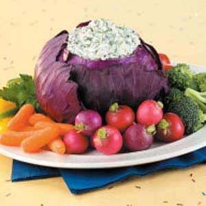 Spinach Dip in Red Cabbage