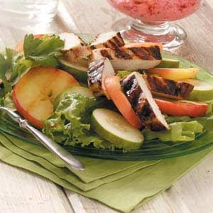 Grilled Chicken Cucumber Salad