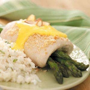 Asparagus-Stuffed Chicken with Sauce