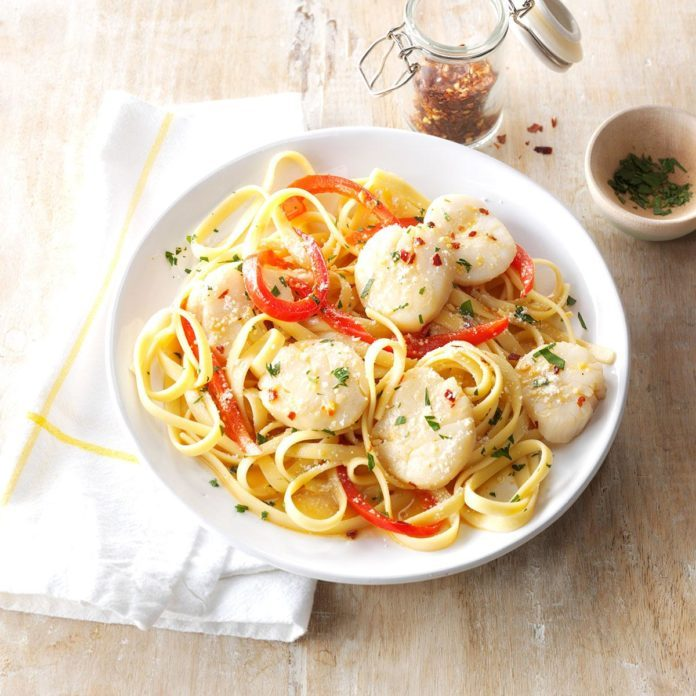 Sea Scallops and Fettuccine