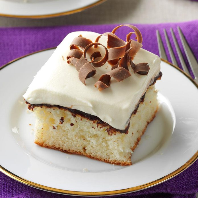Fudge-Filled Vanilla Cake