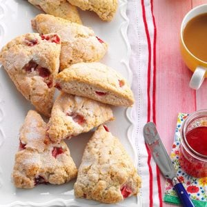 Strawberries 'n' Cream Scones