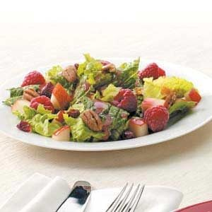Summertime Raspberry Salad
