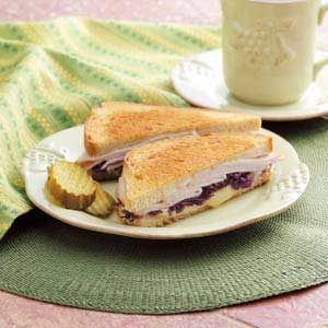 Quick Turkey Reubens