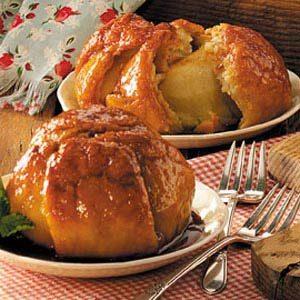 Homemade Apple Dumplings with Caramel Sauce