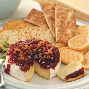 Chutney-Topped Brie