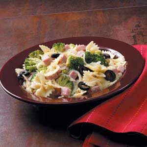 Spicy Ham 'n' Broccoli Pasta