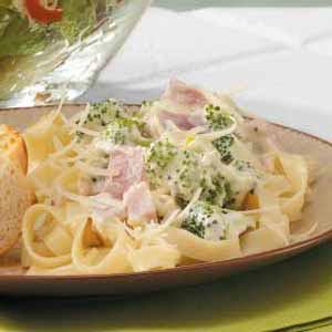 Quick and Creamy Ham Fettuccini