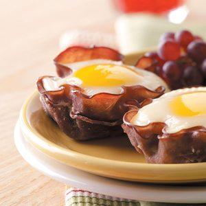 Eggs in Muffin Cups