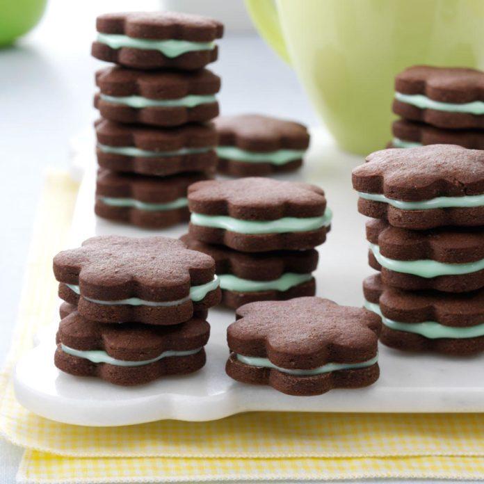 Chocolate Mint Wafers