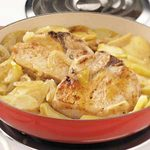 Stovetop Pork Chops with Apples