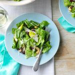 Cashew-Pear Tossed Salad