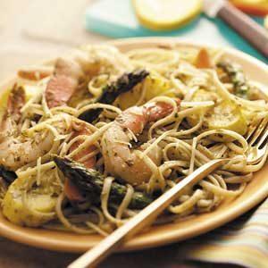Pesto Shrimp Pasta Toss