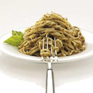 Tomato-Walnut Pesto on Linguine