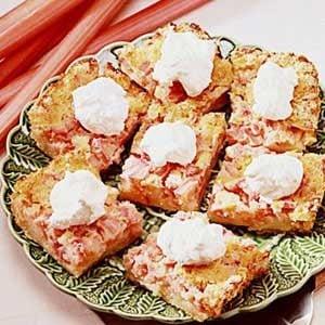 Old-Fashioned Rhubarb Torte