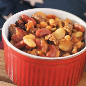 Family-Favorite Baked Beans