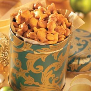 Caramel Crackers 'n' Nuts