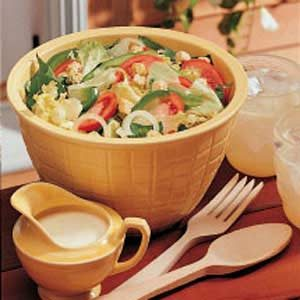 Salad with Creamy Dressing