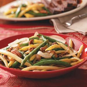 Stir-Fried Beans with Pecans