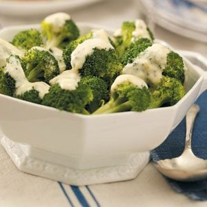 Quick Broccoli with Lemon Sauce