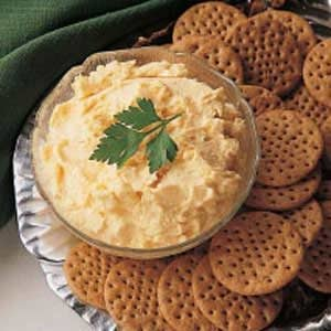 Easy Horseradish Cheese Spread