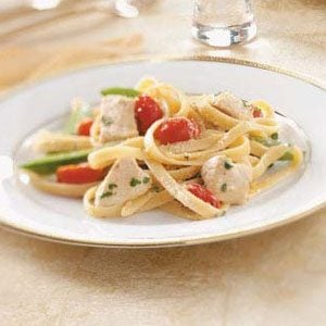 Chicken & Vegetable Alfredo