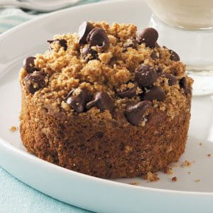 Peanut Butter Crumb Cakes