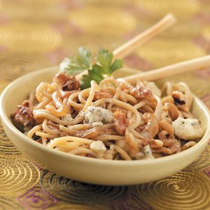 Gorgonzola Pasta with Walnuts