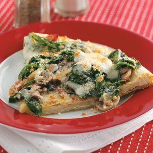 Classic Spinach Pizza