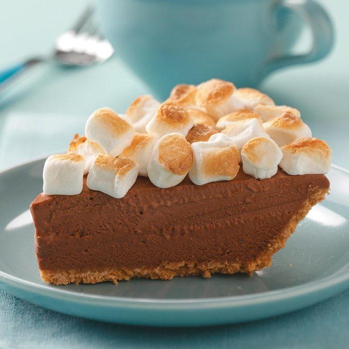 Dreamy S'more Pie