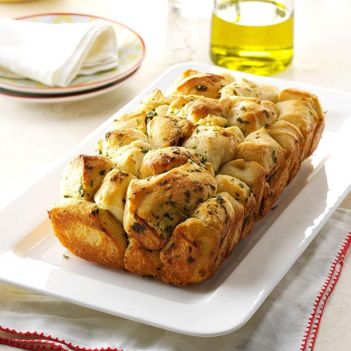 Pull-Apart Garlic Bread