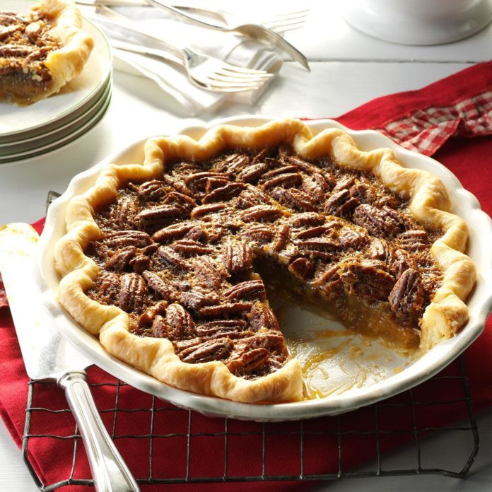 Tennessee: Bourbon Pecan Pie