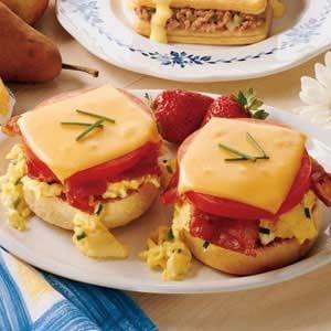 Bacon Breakfast Sandwiches