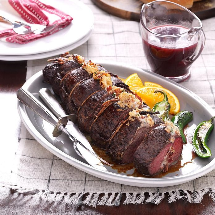Bacon Beef Tenderloin with Cranberry Glaze