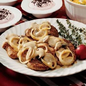 Pork with Mushroom Sauce