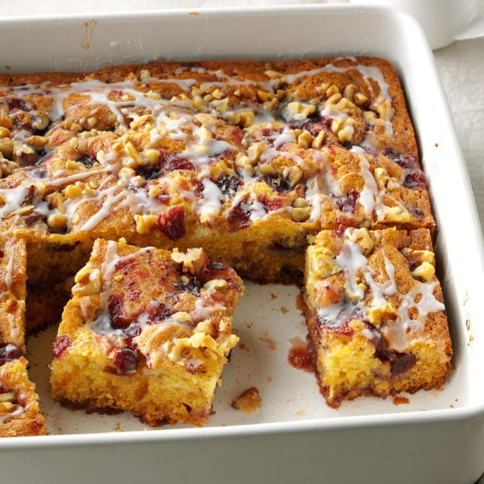 Oregon: Pretty Cranberry Coffee Cake
