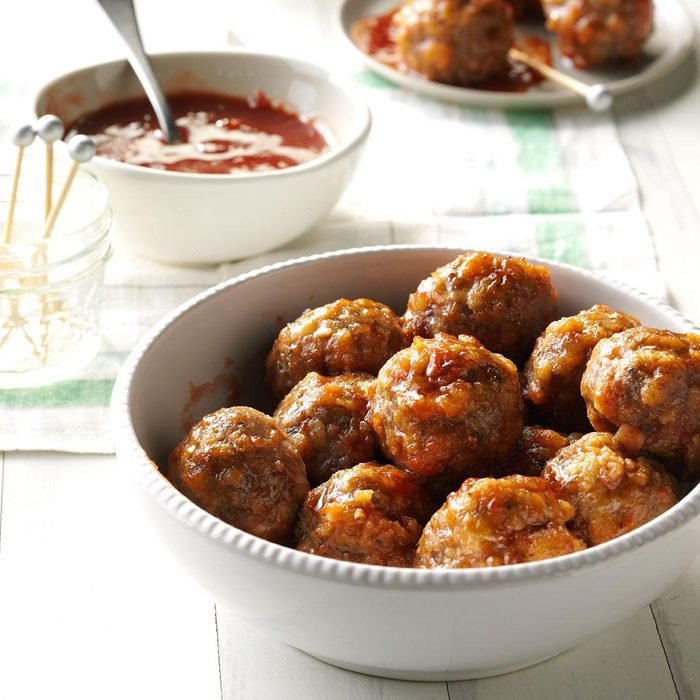 Meatballs with Cranberry Dipping Sauce