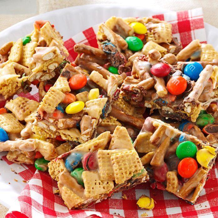 Snack Mix Squares