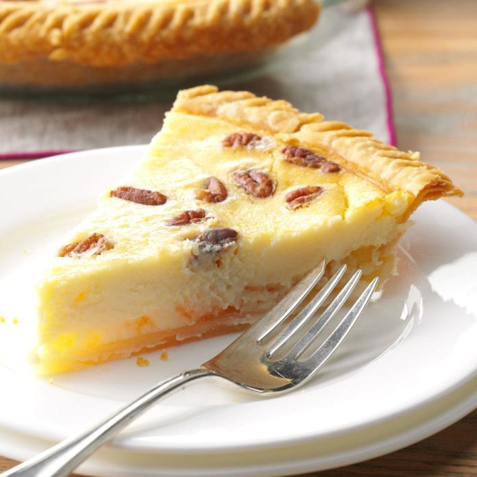 Delaware: Cream Cheese-Pineapple Pie